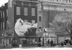 North Avenue et Charles Street.